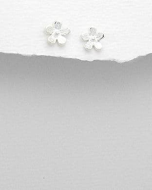 925 Sterling Silver Ribbed Petal Flower Stud Earrings